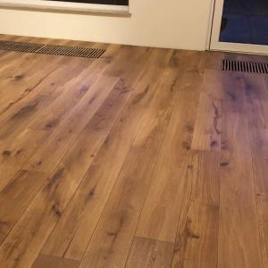 Geschuurde vloer hout