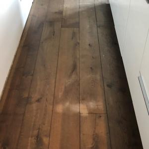 Schuren houten vloer