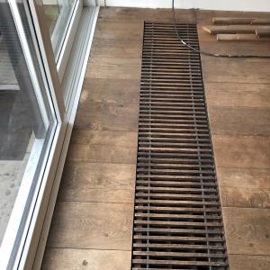 Vloer hout schuren